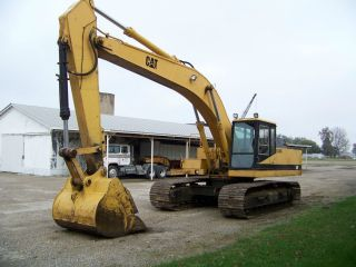 Caterpillar El300b Excavator photo
