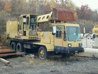 Gradall G660c Wheel Excavator photo