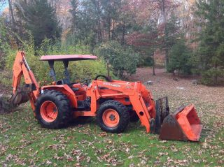 2002 Kubota M 5700 Backhoe 57 Hp With 11 ' Digging Depth Backhoe,  976 Hours photo