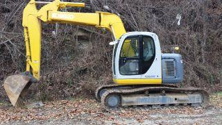 Excavator Kobelco 135sr photo