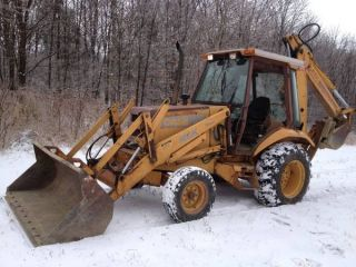 Case 580k Backhoe photo