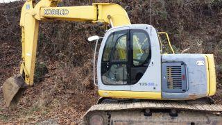 Excavator Kobelco 135 Sr With Knuckle Boom photo