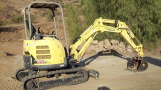 2009 Yanmar Mini Excavator Model Vio27 With 3 Buckets - Less Than 450 Hours photo