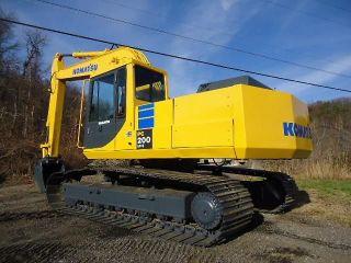 Komatsu Pc200 - 3 Hydraulic Excavator Trackhoe 5.  9 Cummins Turbo Diesel photo