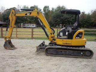 2011 Cat Mini Excavator 305.  5d Cr photo