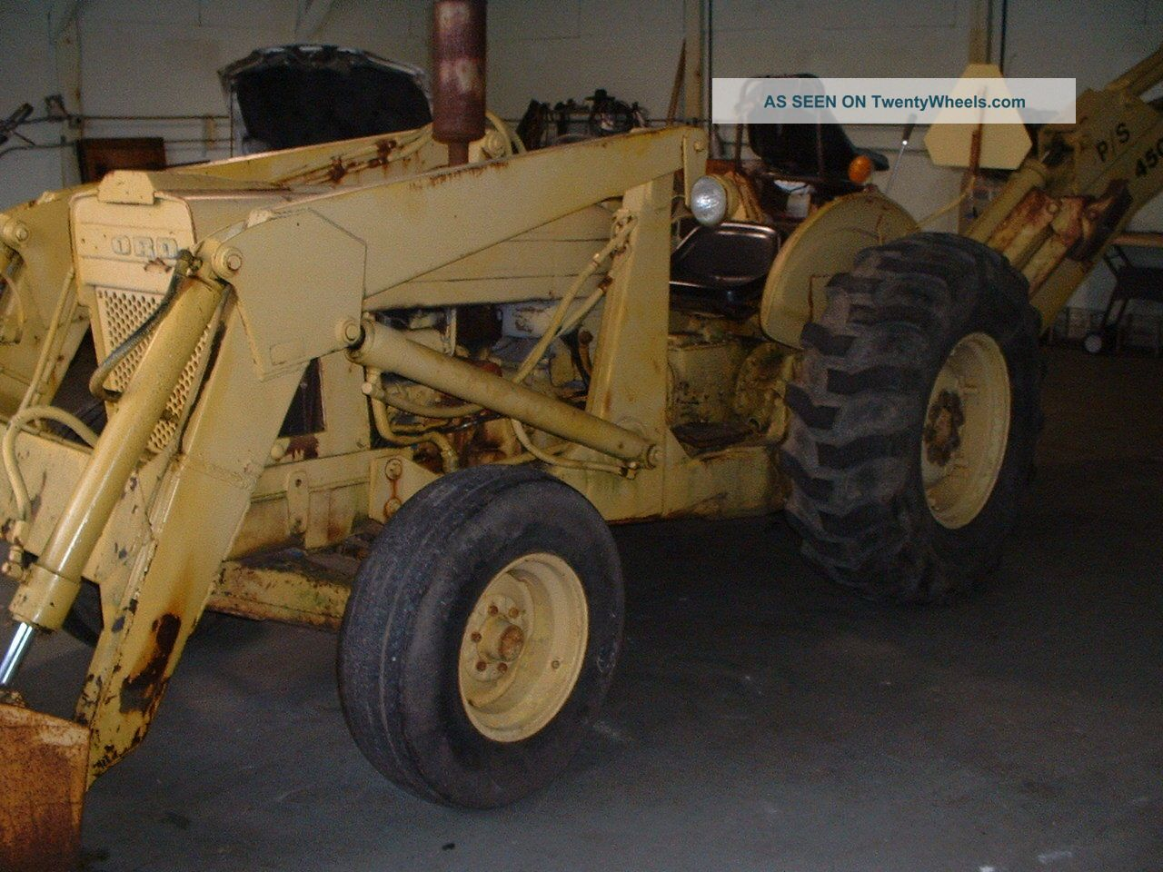 Ford Loader Arms : Imcdb ford unknown in quot le soleil des voyous