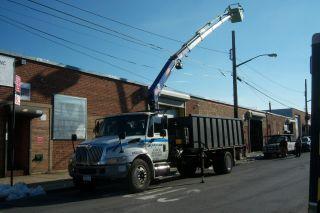 Pm12 Wireless Remote Knuckle Crane 2002 International Dump Truck photo