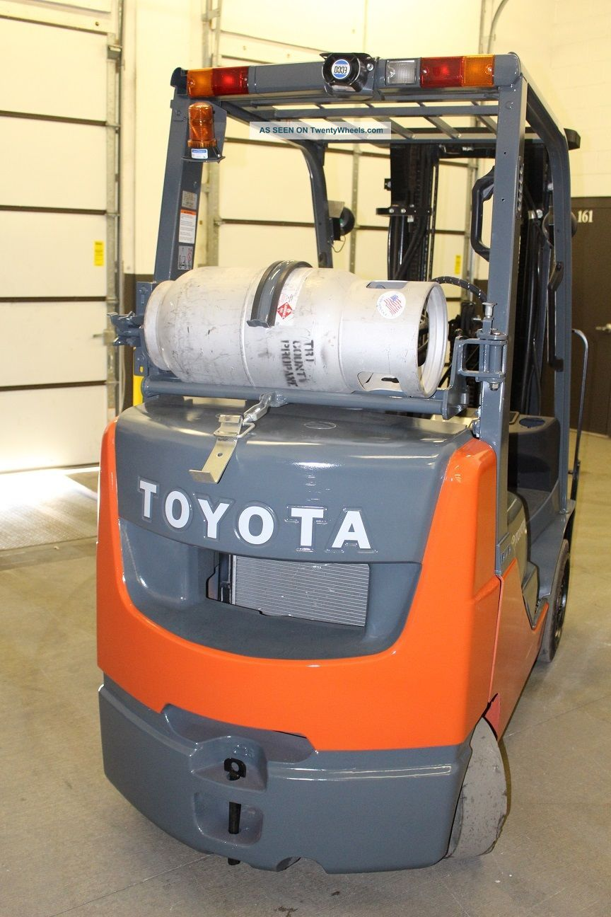 2008 Toyota 5000 Pound Lpg Forklift