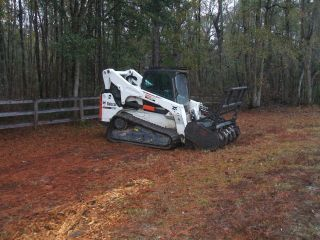 Bobcat T870 With Forestry Mulcher photo