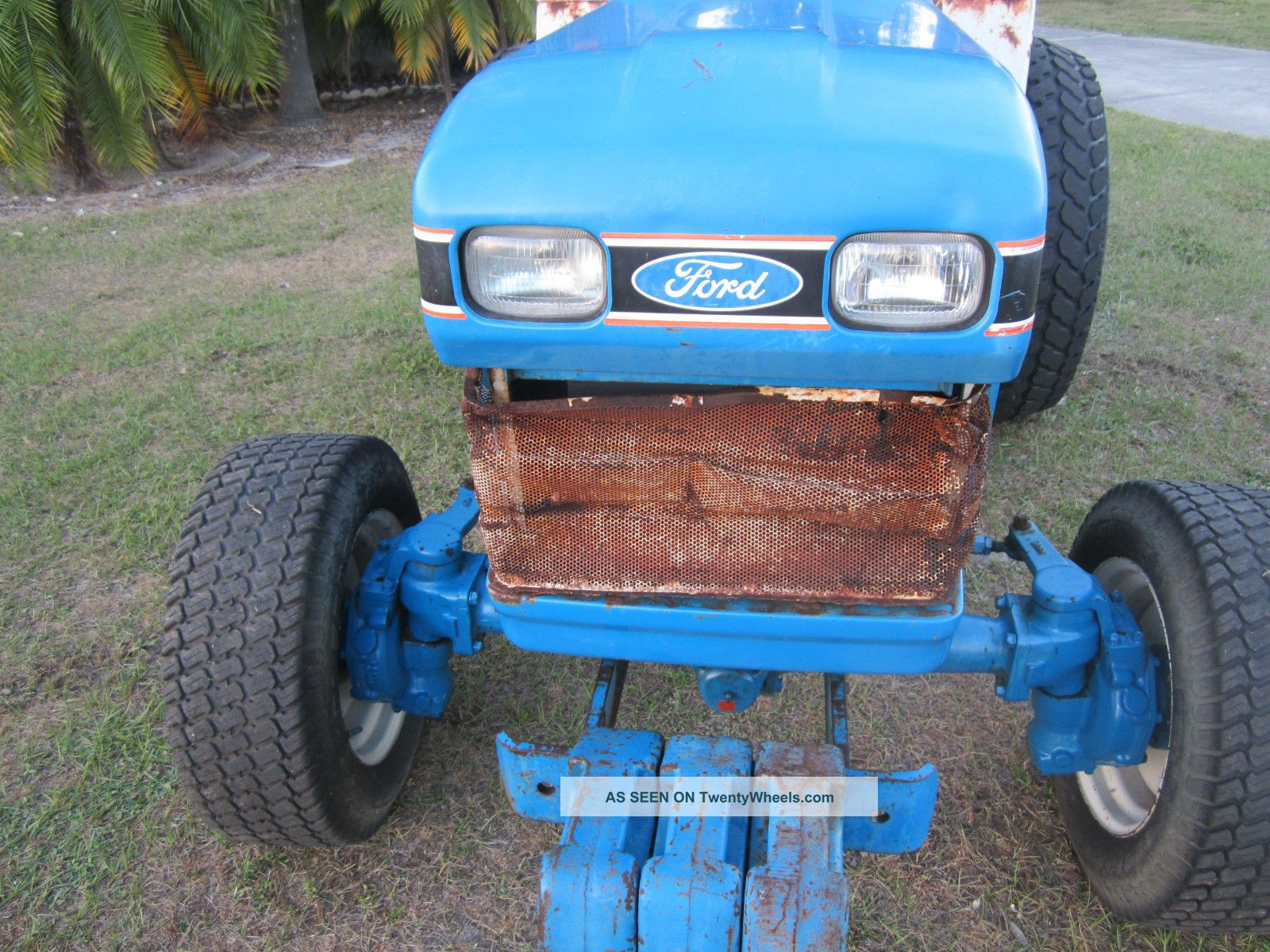 Ford Tractor Turf Tires : Ford hst diesel compact tractor wheel drive turf