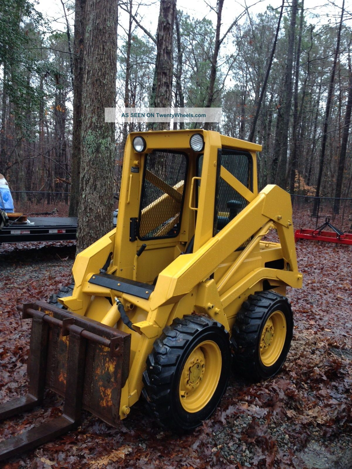 Gd655 as well 16499 John deere 575 skid steer loader moreover  additionally Watch moreover Truck Transfer Trailers. on side dump trailers