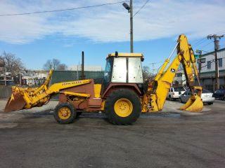 John Deere 510c Backhoe - photo