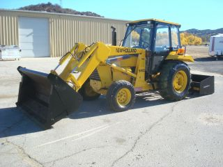 Holland 545d 2001,  Cab, ,  4/1 Bucket Pto,  Hi/low Only 1206 Hours,  Ex County photo