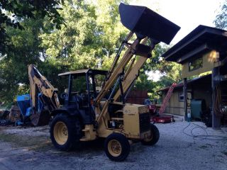 Ford 575d Backhoe And Loader photo