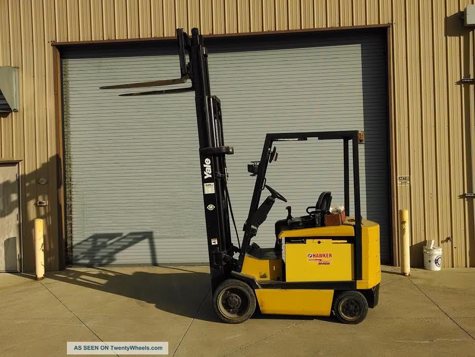 Fork Lift Foot : Yale lb electric forklift cushion solid tires