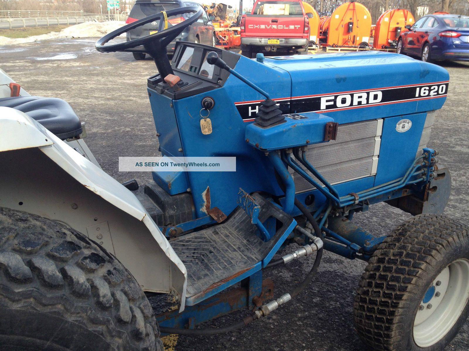 Ford 1620 With Backhoe