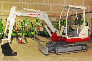Takeuchi Tb125 Excavator,  Dig 9 ' 5
