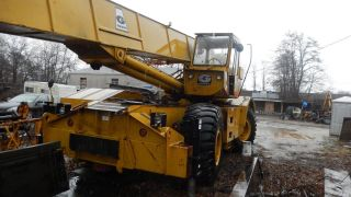 Grove Rt65s Crane photo