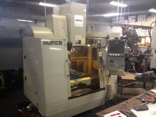 2004 Hurco Vm - 1 Vertical Machining Center Mill Ct40 16 Atc Max Control Bt40 photo
