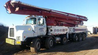 Concrete Pump Truck Schwing 52m photo