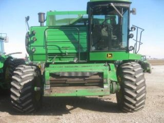 1988 John Deere 8820 Titan Ii photo