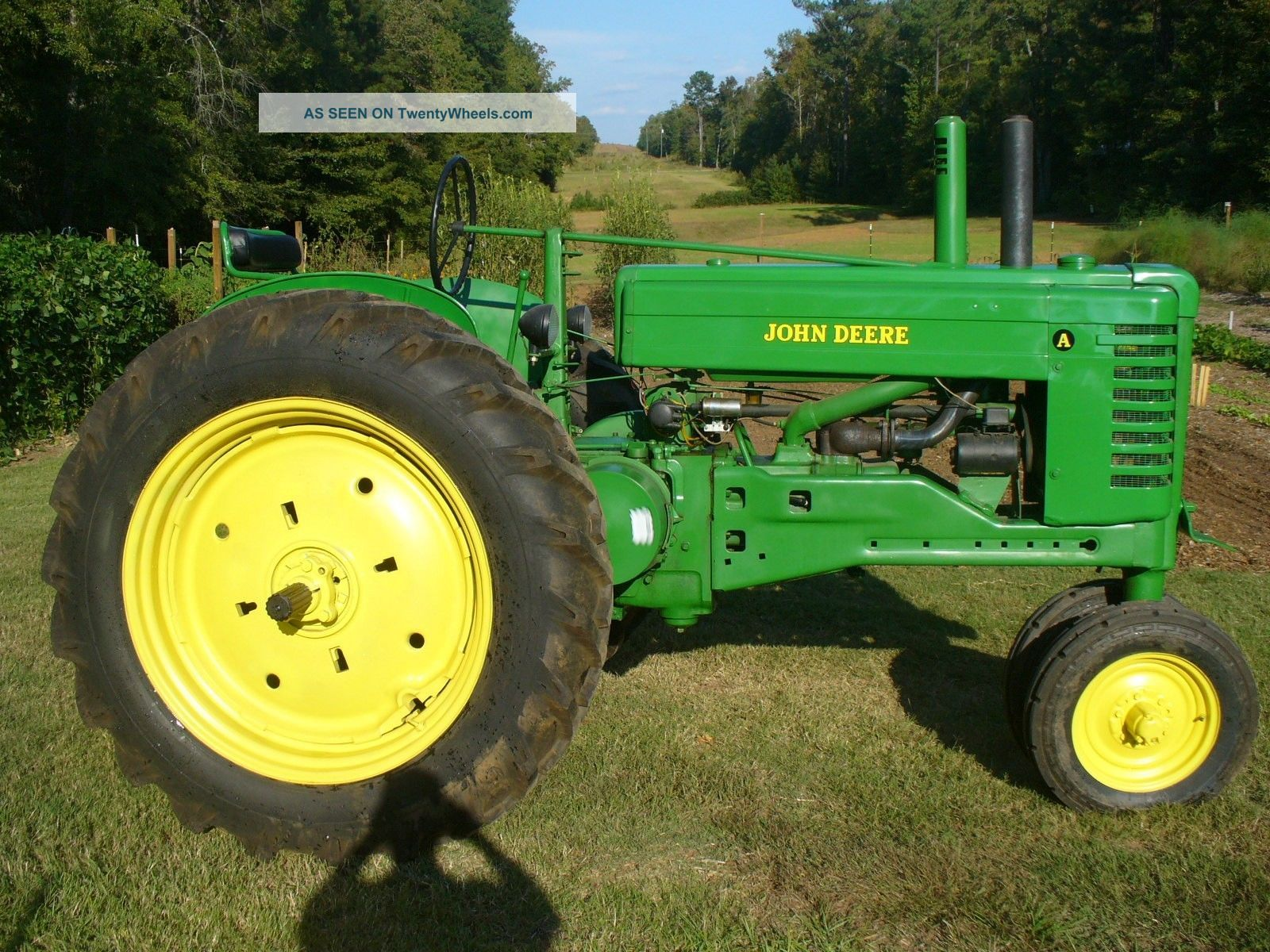 Old John Deere Farm Tractor on john deere toy farm tractors