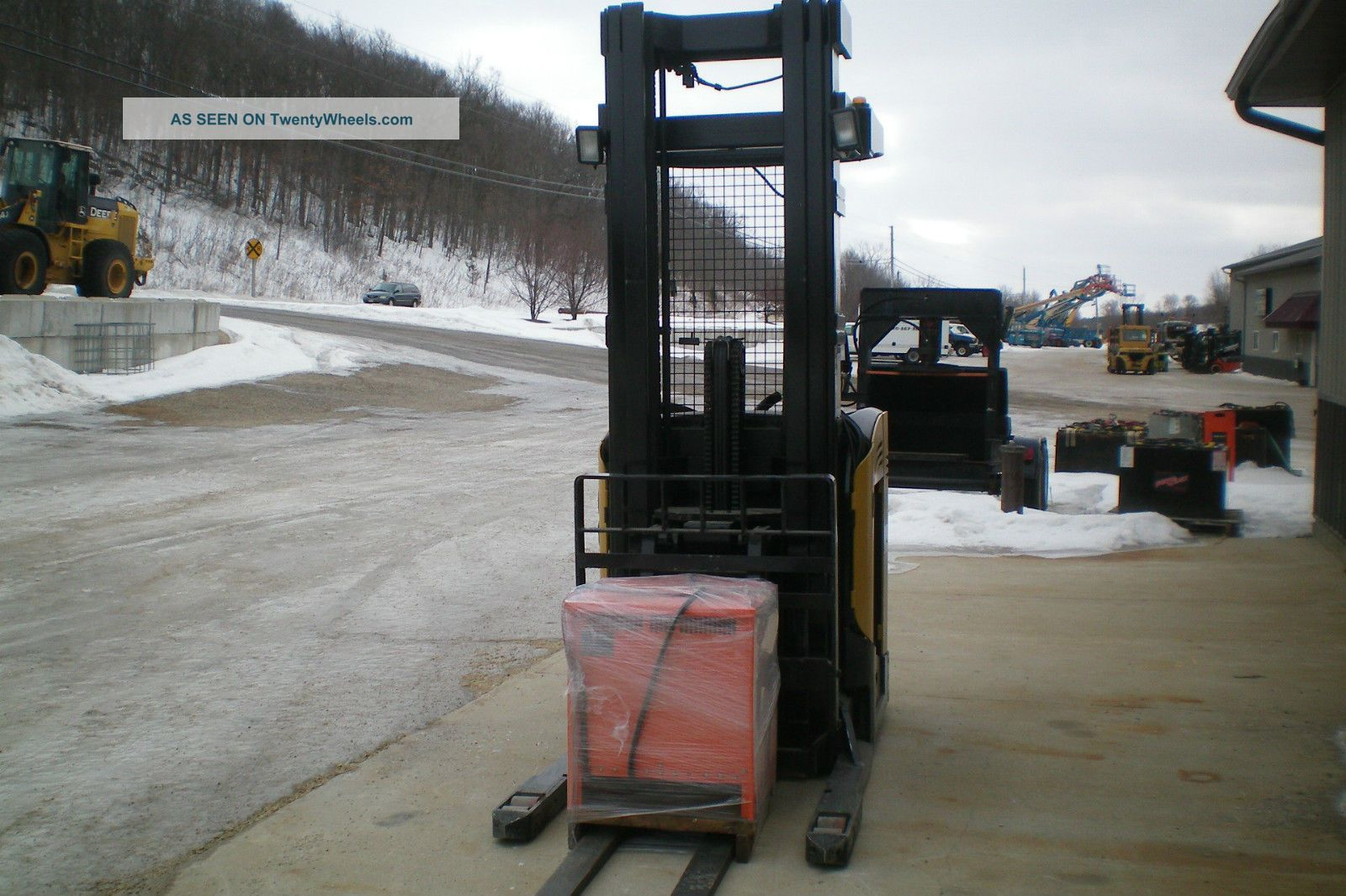 2005 Caterpillar Double Deep Reach Truck Model Nd3000