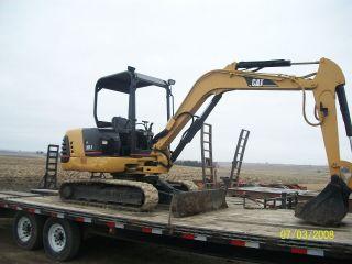 Cat 303.  5 Mini Excavator 2001 2300hrs photo