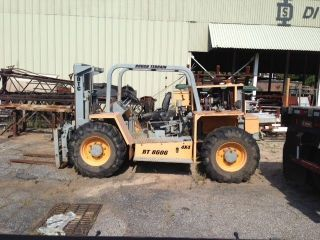 Dtc Rt8606 Rough Terrain Military Forklift photo