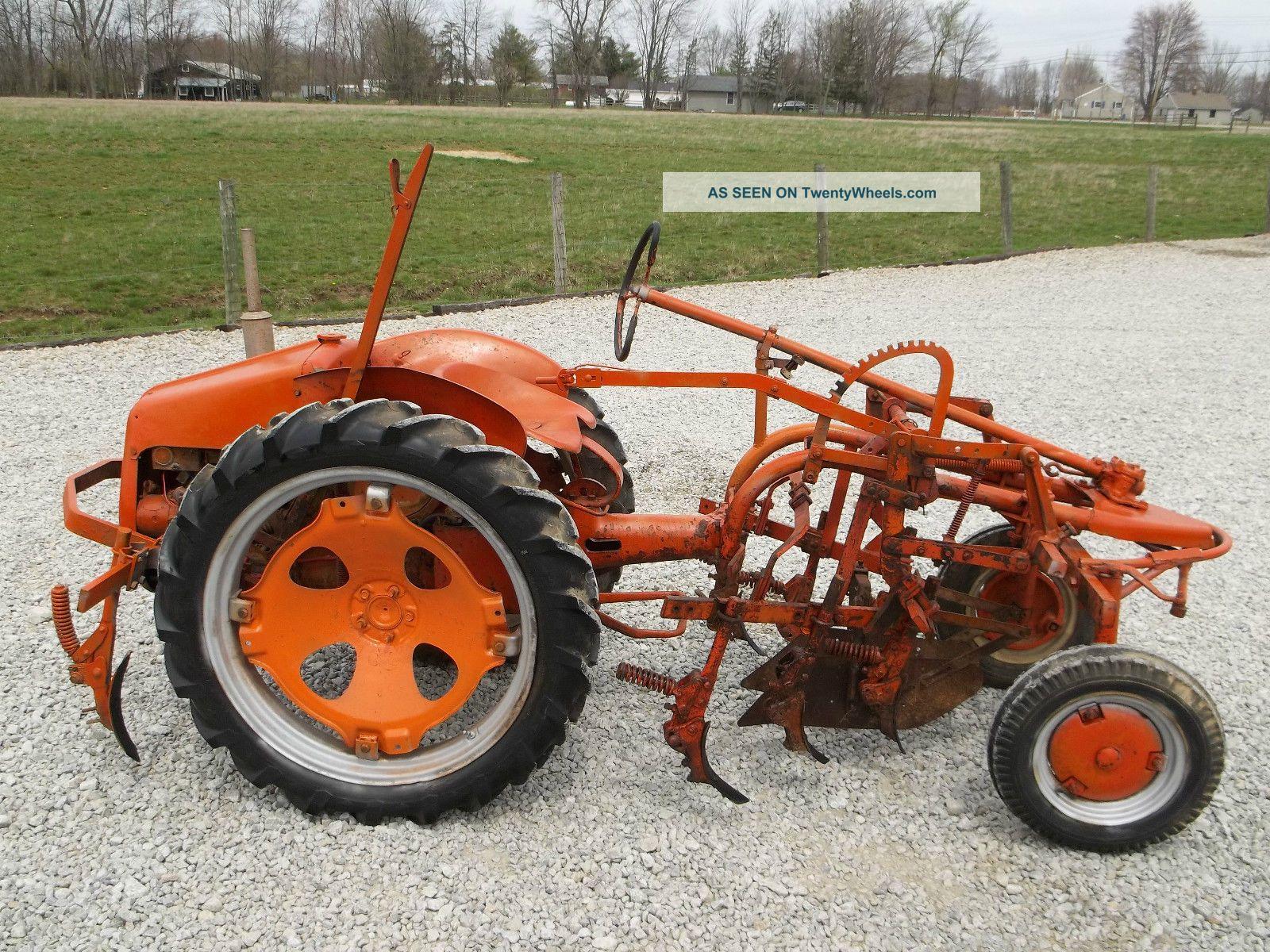 Antique Tractors Equipment : Allis chalmers g antique tractor