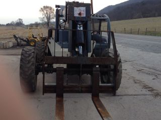 Rough Terrain Forklift - Terex Th6 - 44 Telehandler photo