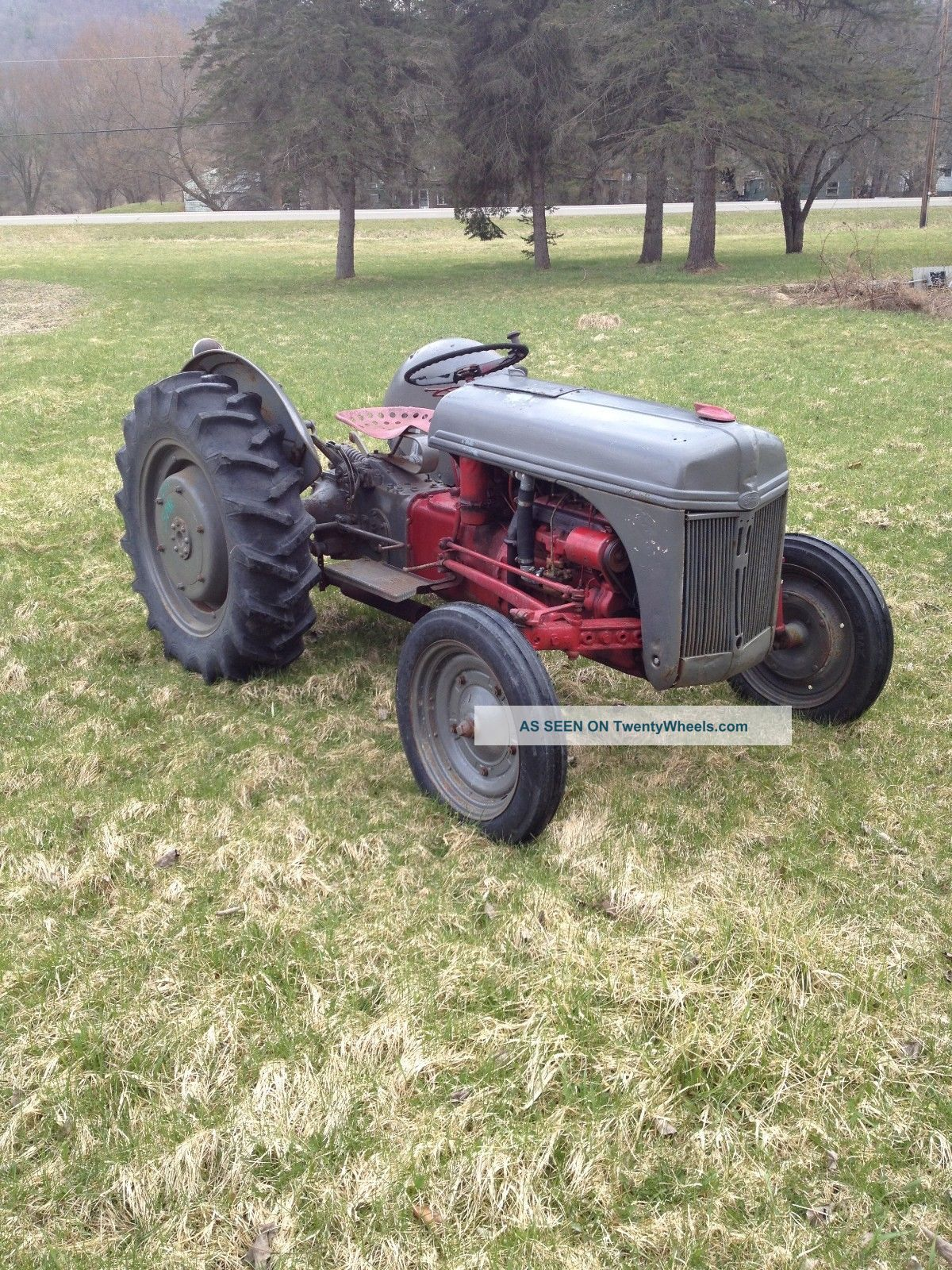 Antique Tractors Ford 9n : Ford n farm tractor all has tires