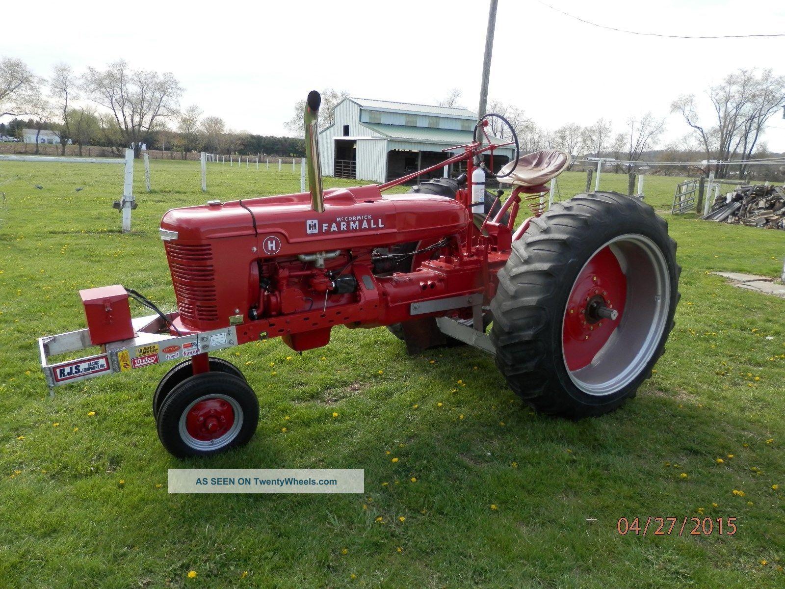 Old Farm Tractors : Farm tractor