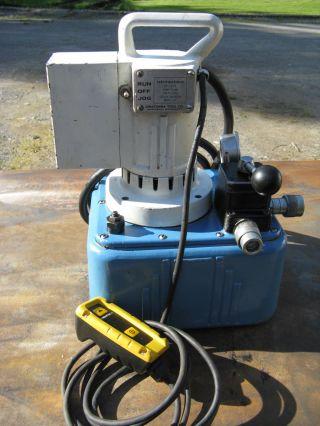 Spx Power Team Otc Electric Hydraulic Pump Cat Deere Komatsu Fabrication Tool photo