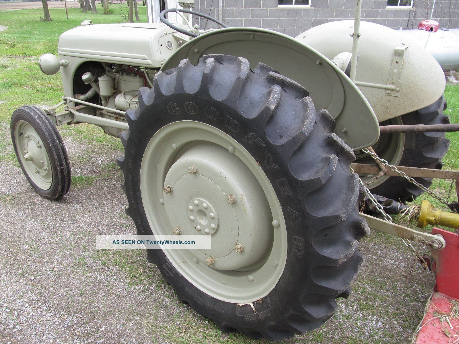 1941 Ford 9n Tractor : Ford n tractor