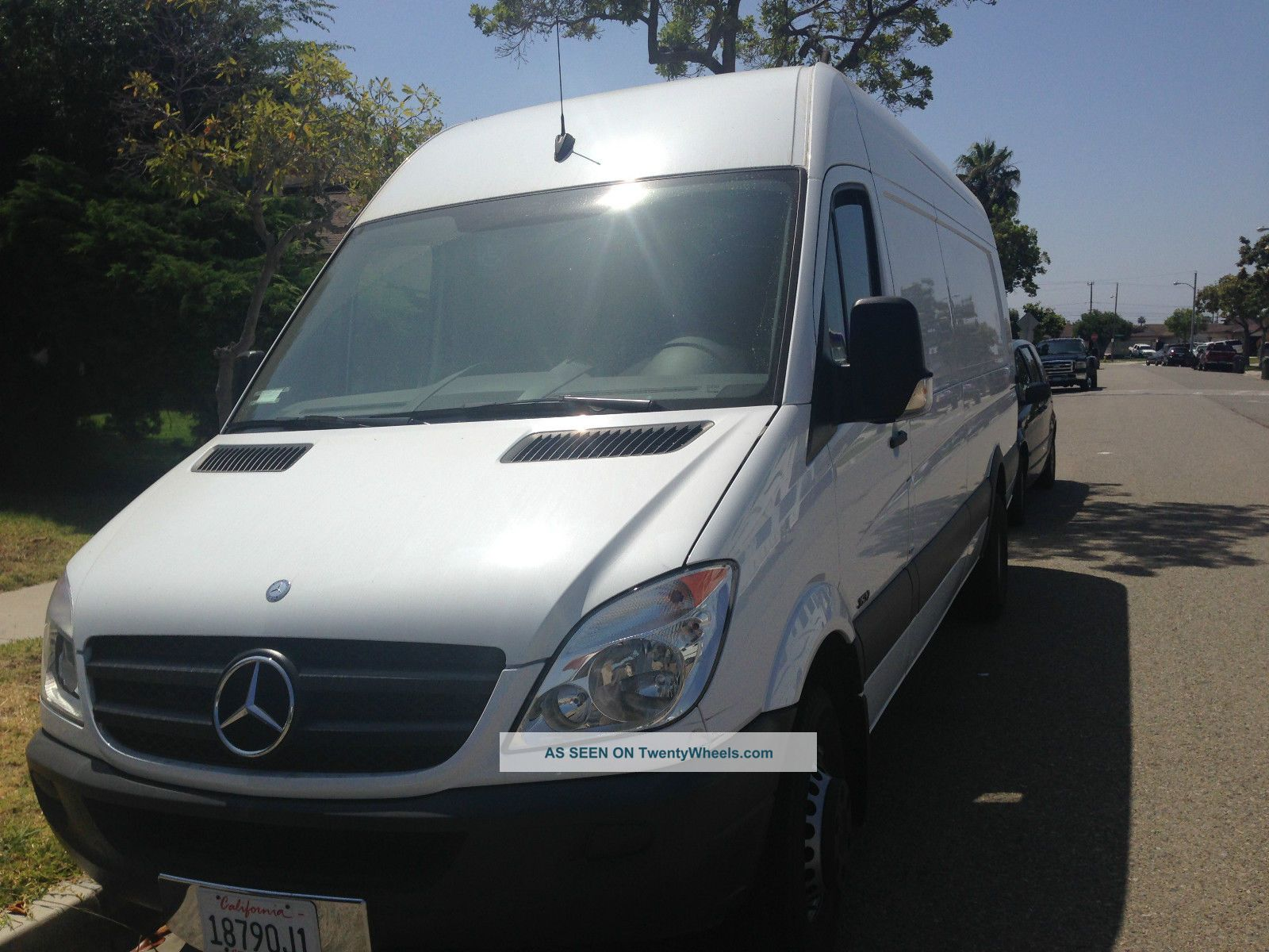 2013 mercedes benz sprinter cargo van for Mercedes benz sprinter cargo van