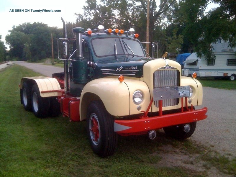 B 61 Mack Trucks : Mack b