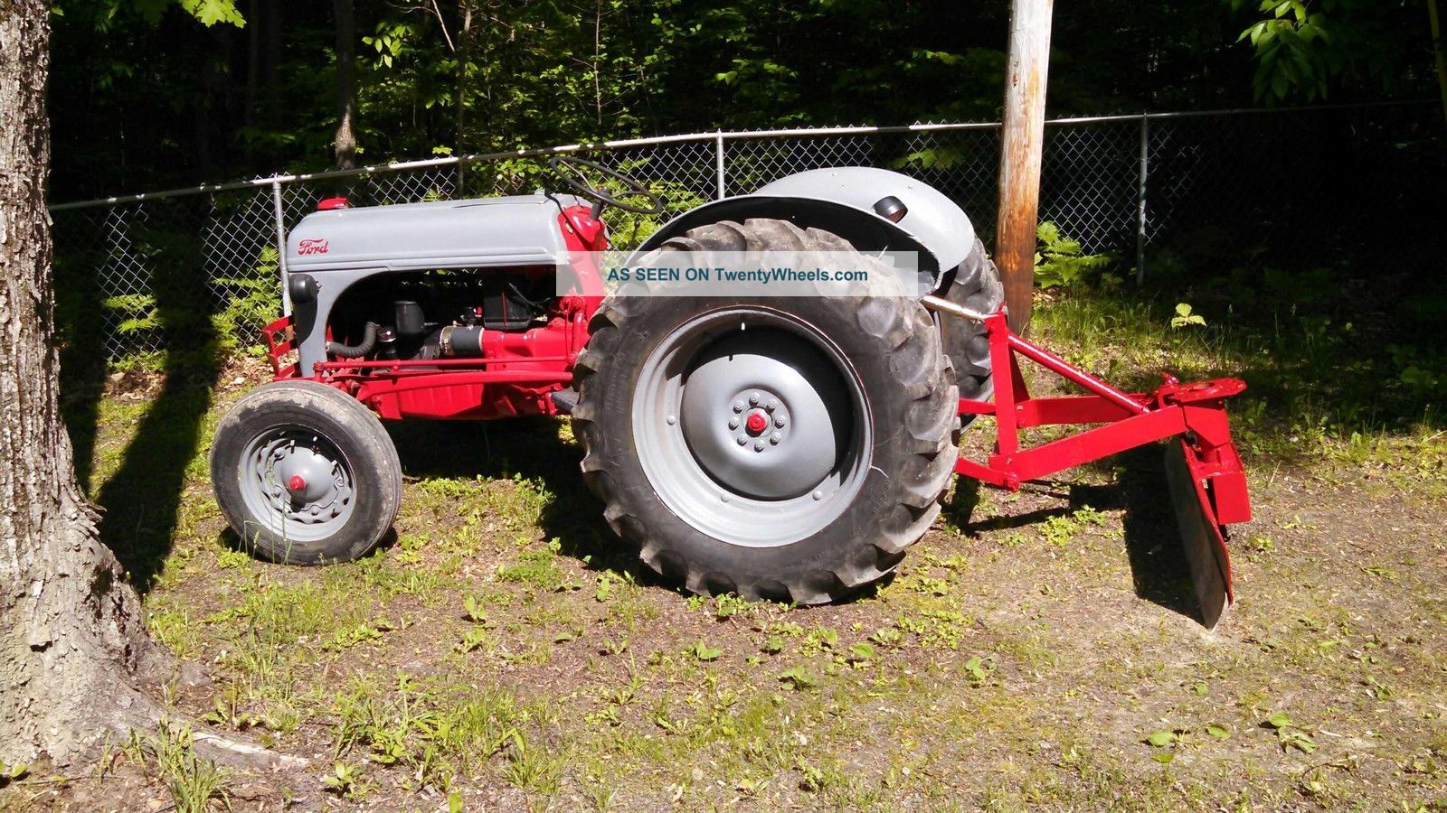 Ford N Tractor With Back Blade Lgw