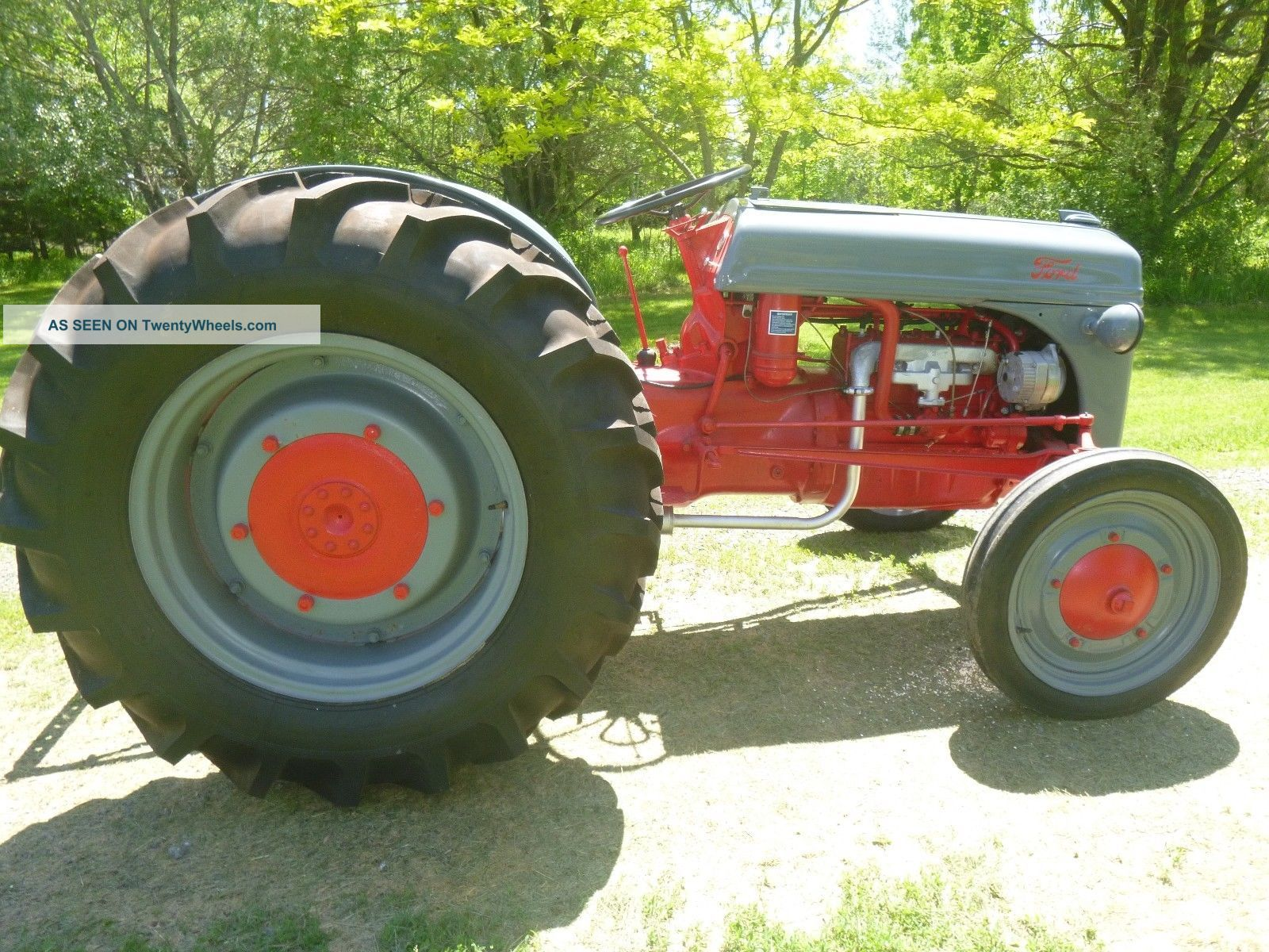 Antique Tractors Ford 9n : Ford tractor n