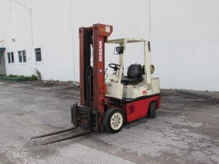 Nissan 50 Forklift 5000 Lb photo