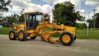 Volvo Champion 710a Grader From Swatrepo photo
