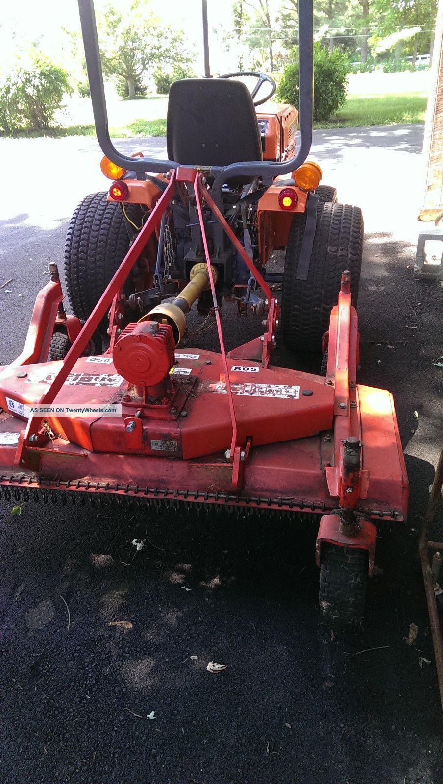 Kubota B7200 Tractor Seat : Kubota b hst wd tractor with befco finish mower and