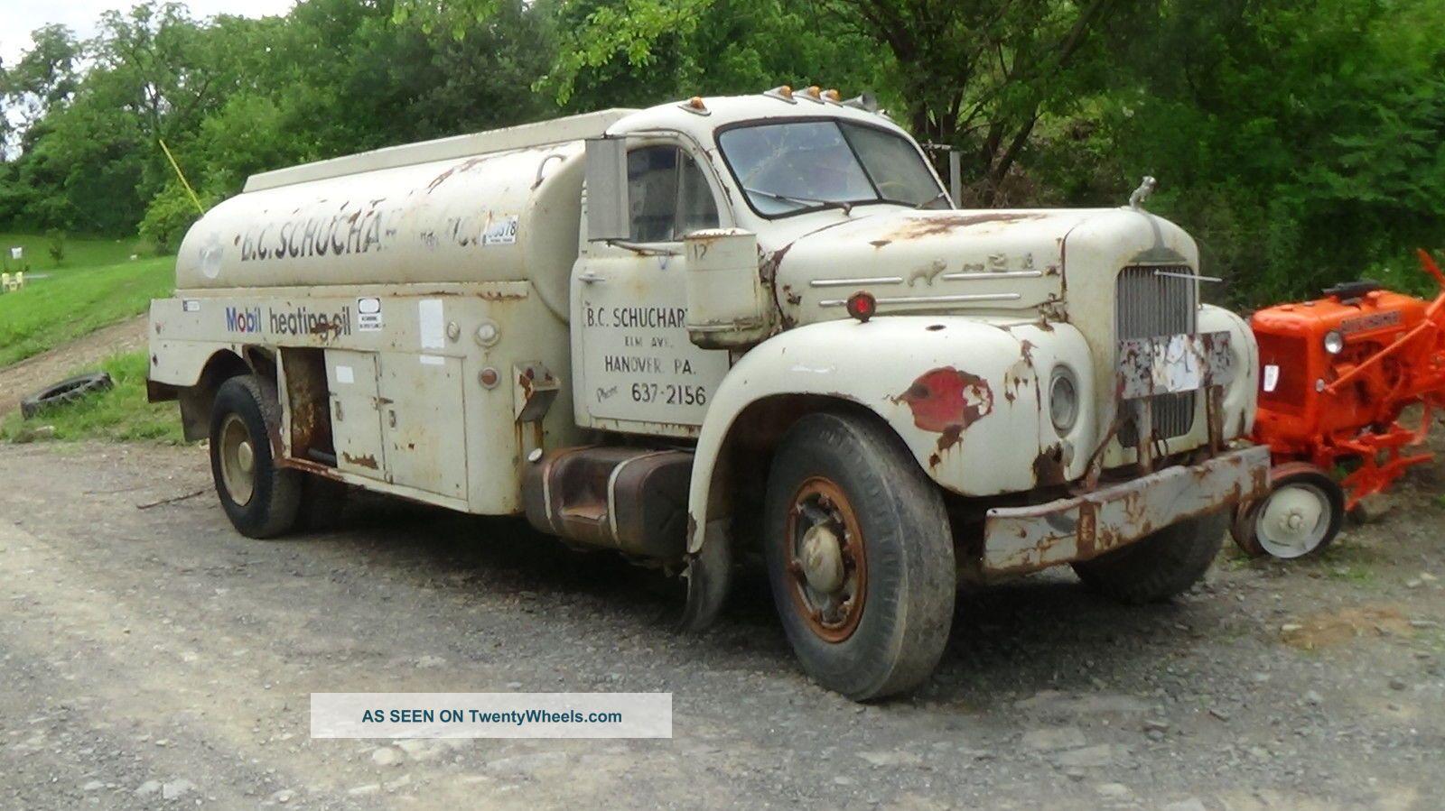 1959 Mack B42