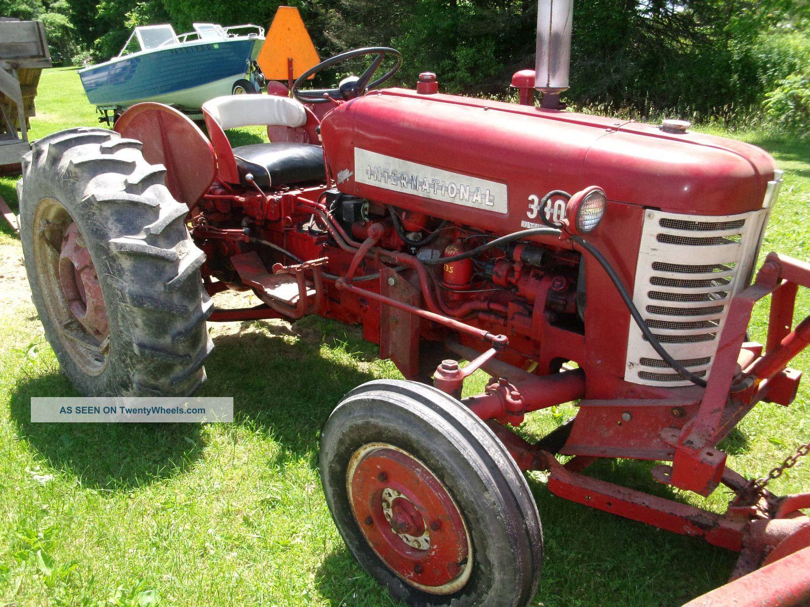 Farmall Tractor Models : Farmall international utility tractor antique model