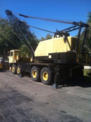 P & H Conventional Crane,  40 Ton photo
