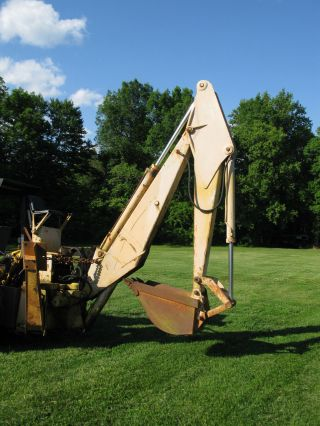 International 3142a Backhoe Attachment photo