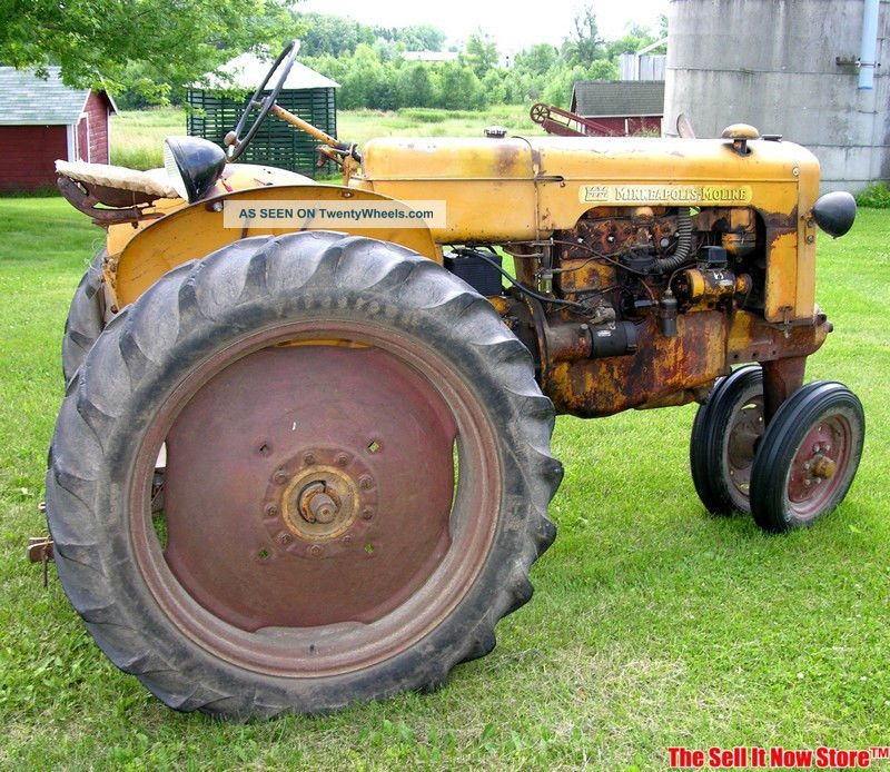 Antique Survivor 1948 Minneapolis Moline Model R Farm