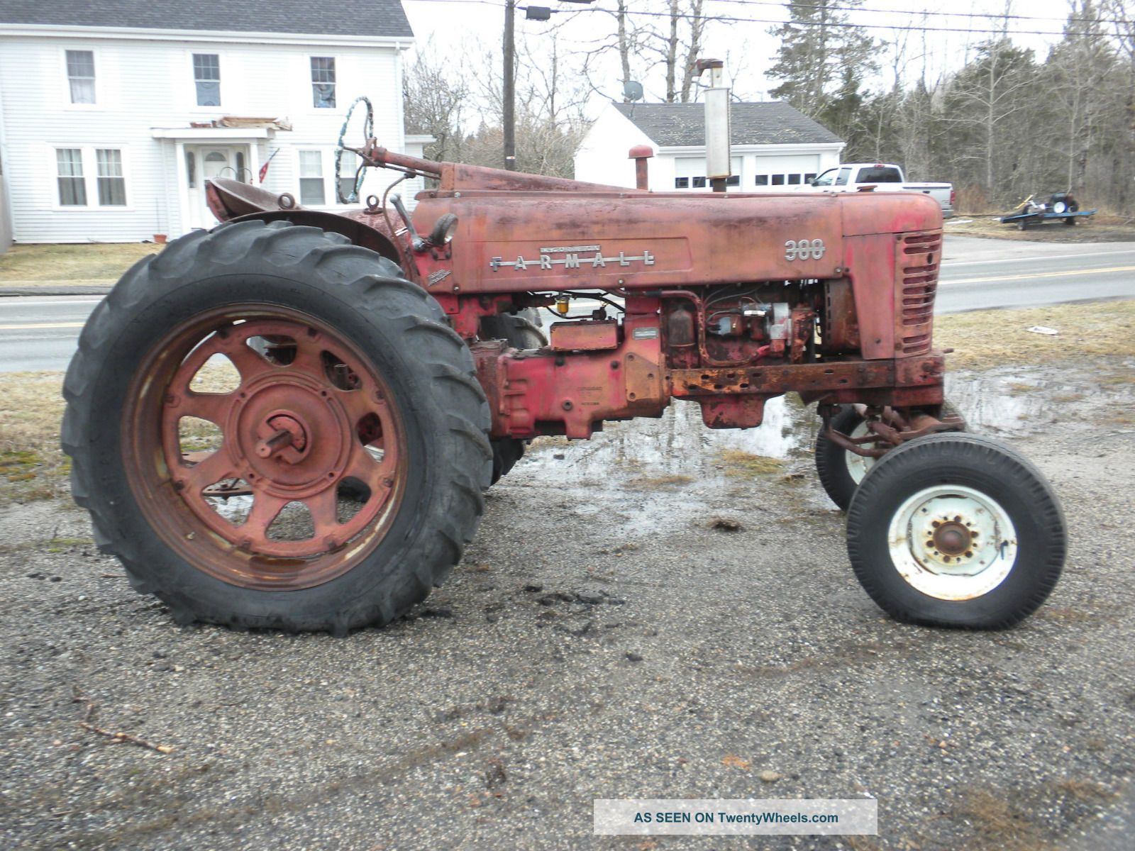 1955 Farmall 300 Tractor, Wide Front End, Torque Amplfier