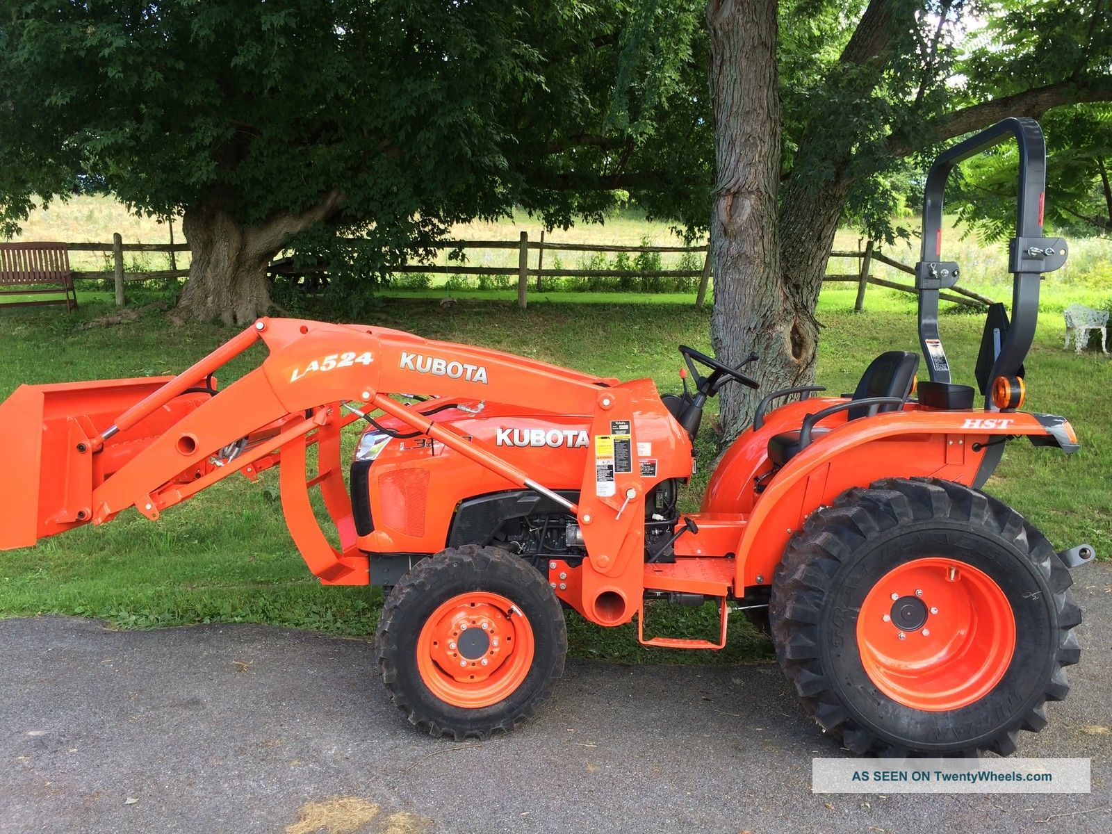 Small Tractors With Loaders : Kubota l hydro compact tractor w loader package