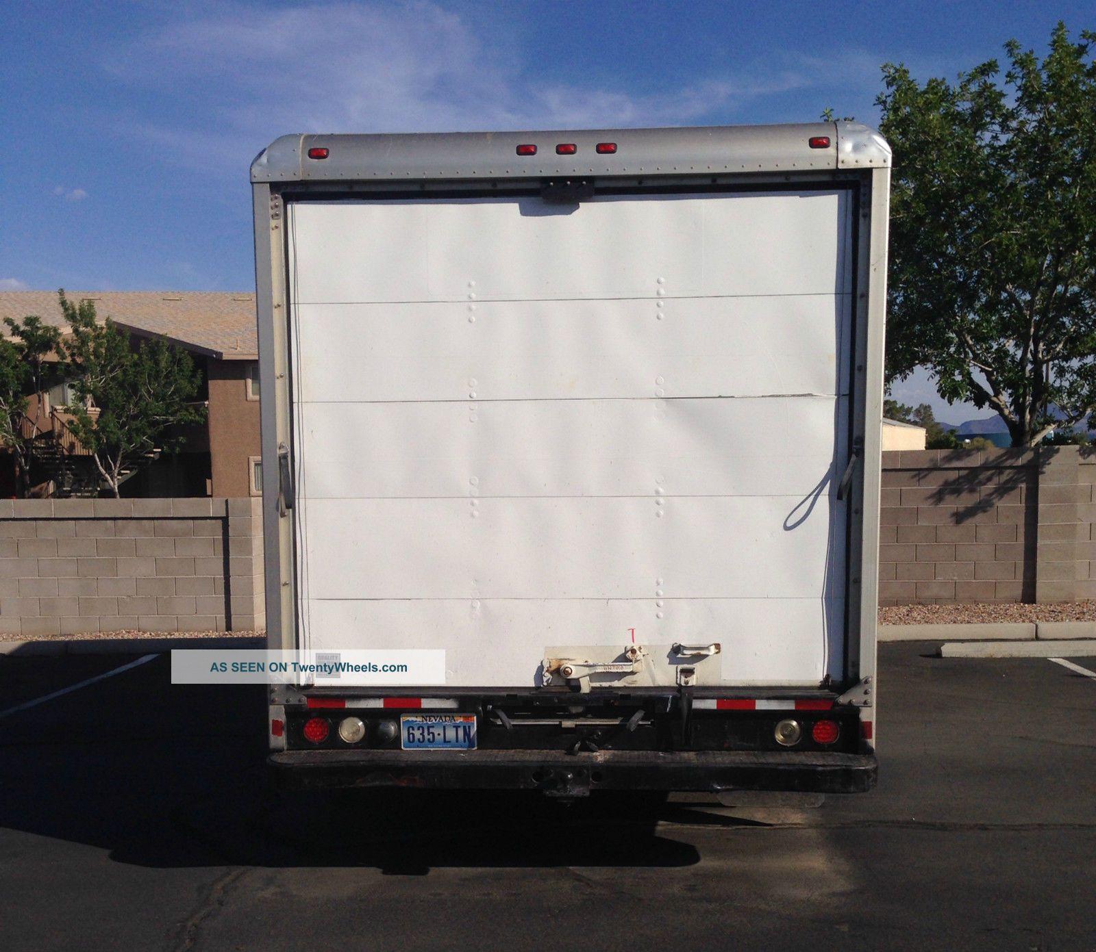 1998 Ford Econoline E350 Cargo Exterior: 1998 Ford E350 Box Truck